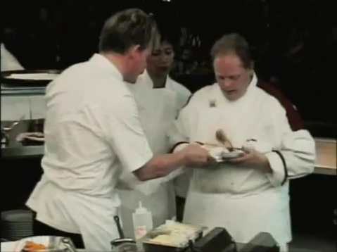 gordon proceeds to ream dewberry for messing up his beef wellington and dewberry proceeds to lose it he got confused and then when the going got tough - Hells Kitchen Season 1